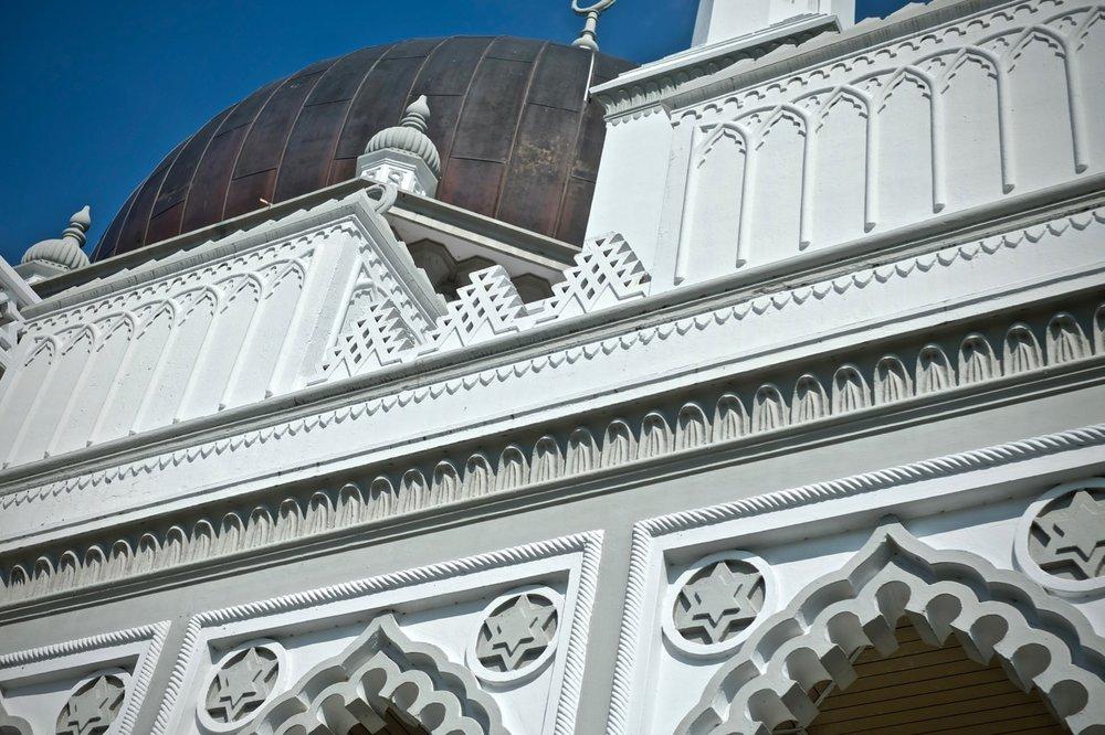 Masjid Zahir interior - 3.jpg