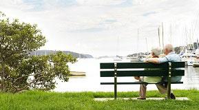 Couple+on+bench_1.jpg