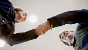 Account+opening+handshake_1.jpg