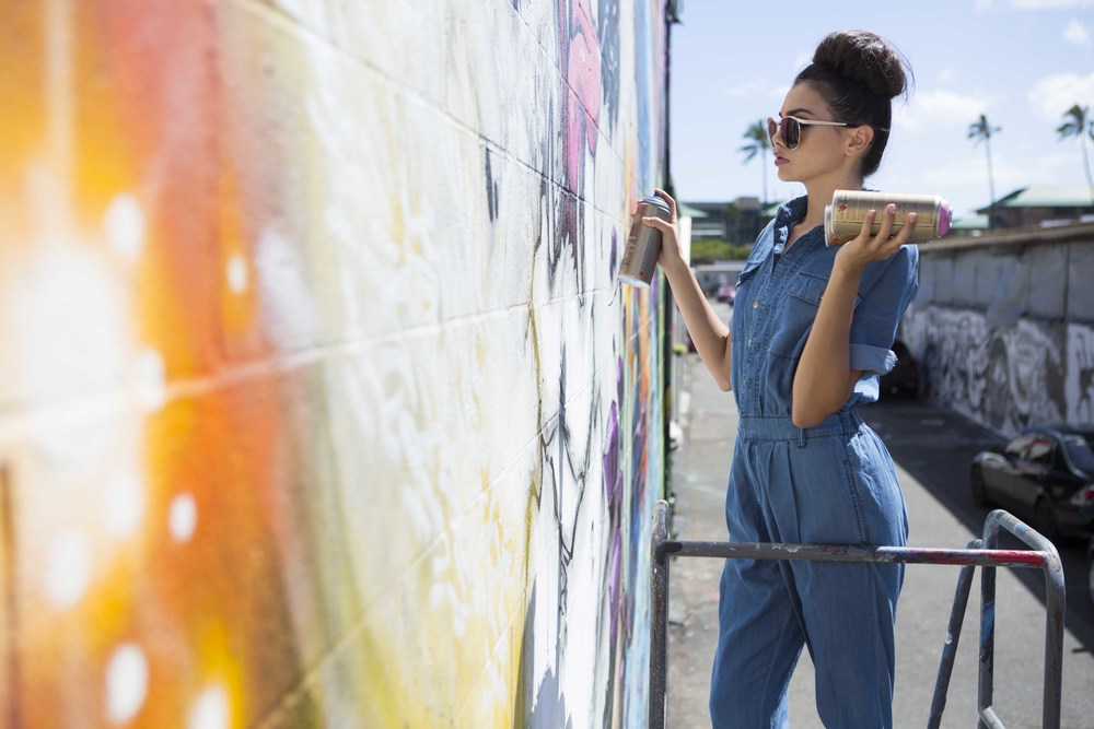 Kakaako Street Artist editorial.jpg