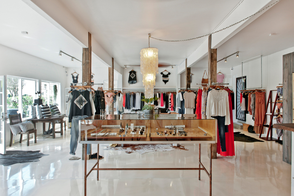 MAUI SHOPS: Driftwood Boutique in Makawao // TheEditHawaii.com