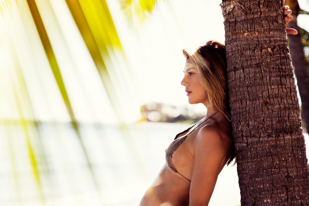 naturalbeauty-alexkate-bikini3web.jpg