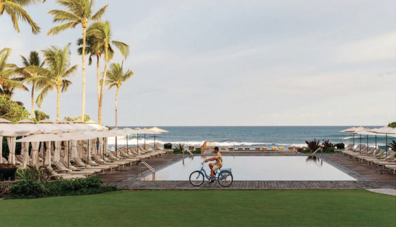 HAWAII INSIDER GUIDE: LODGING - Here's a list of the most coveted hotels throughout Hawaii.