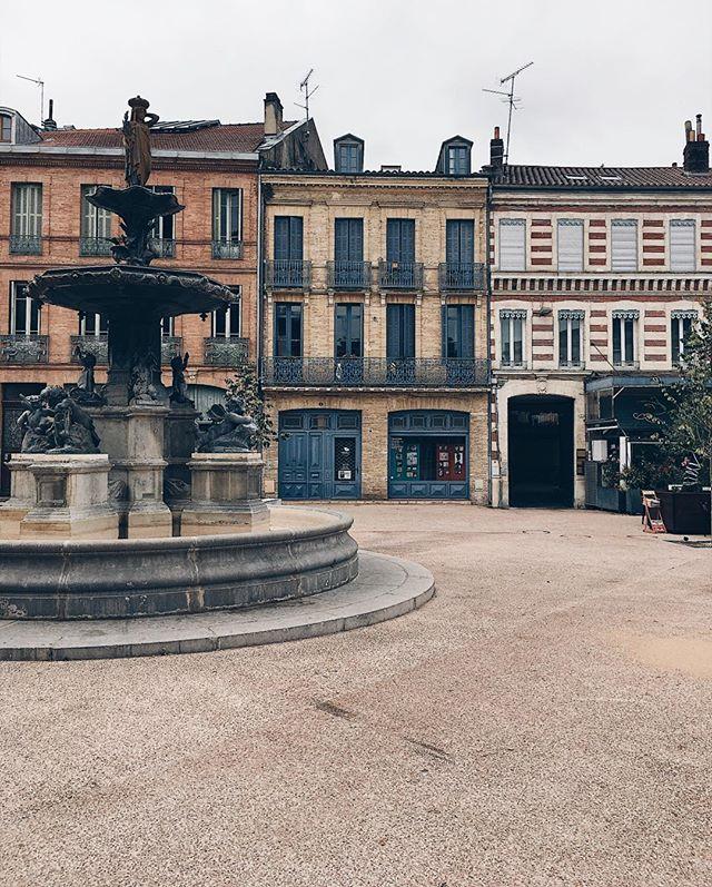 Bare city squares 🇫🇷