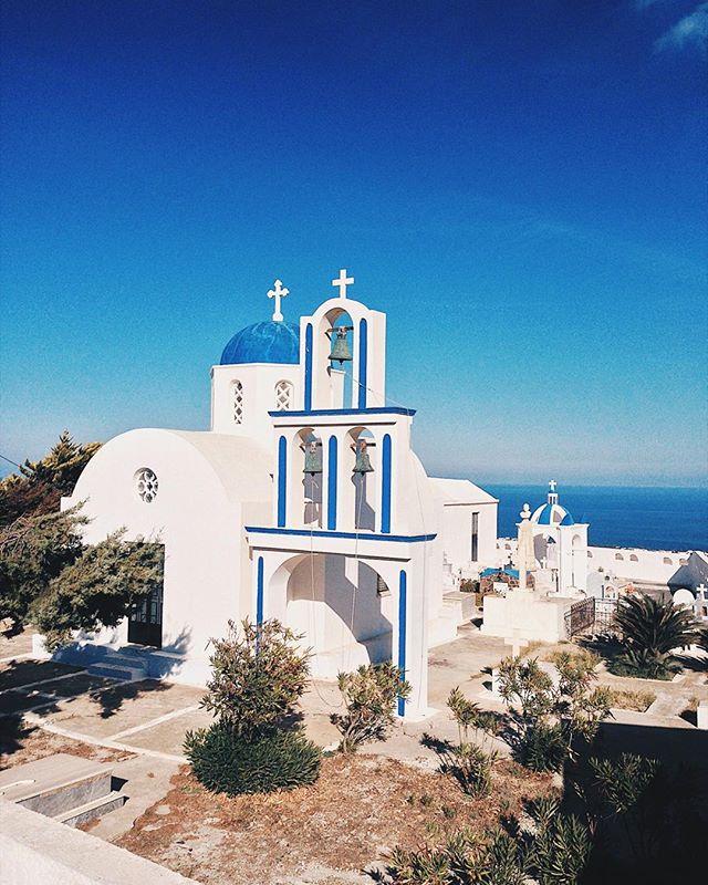 Hilltop chapels 🇬🇷