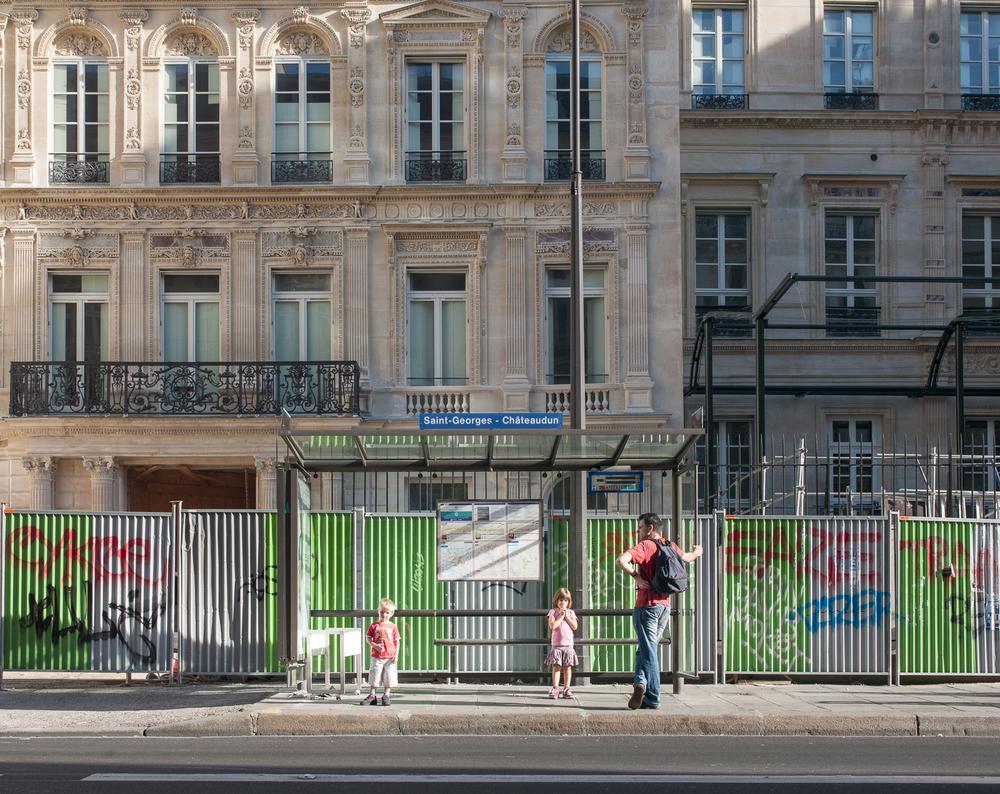 Paris_BusStops-18.jpg