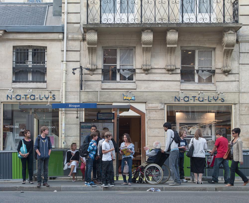 Paris_BusStops-14.jpg
