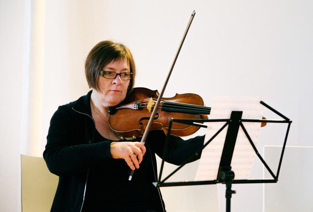 Laura Newton Viola