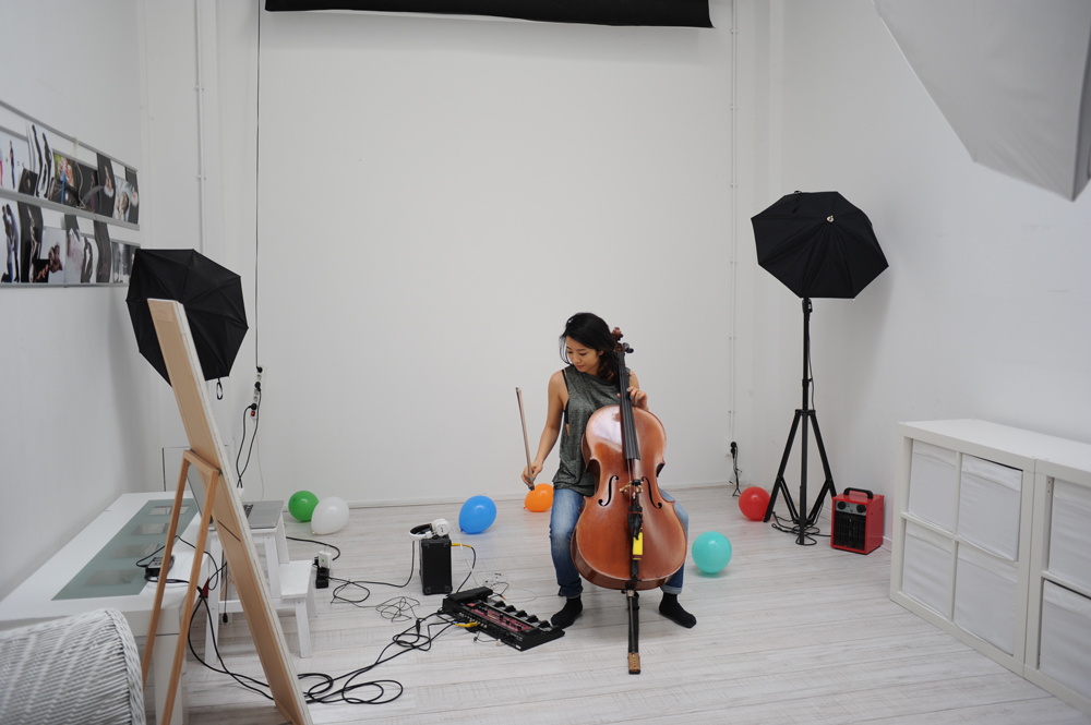 One-Last-Time-Ariana-Grande-cello-loop-cover-The-Wong-Janice-4.jpg