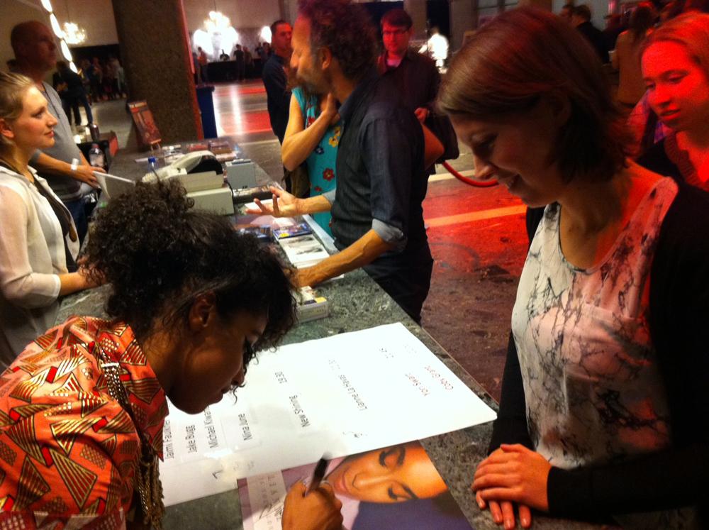 Lianne-La-Havas-Songbird-signing-THE-WONG-JANICE.jpg