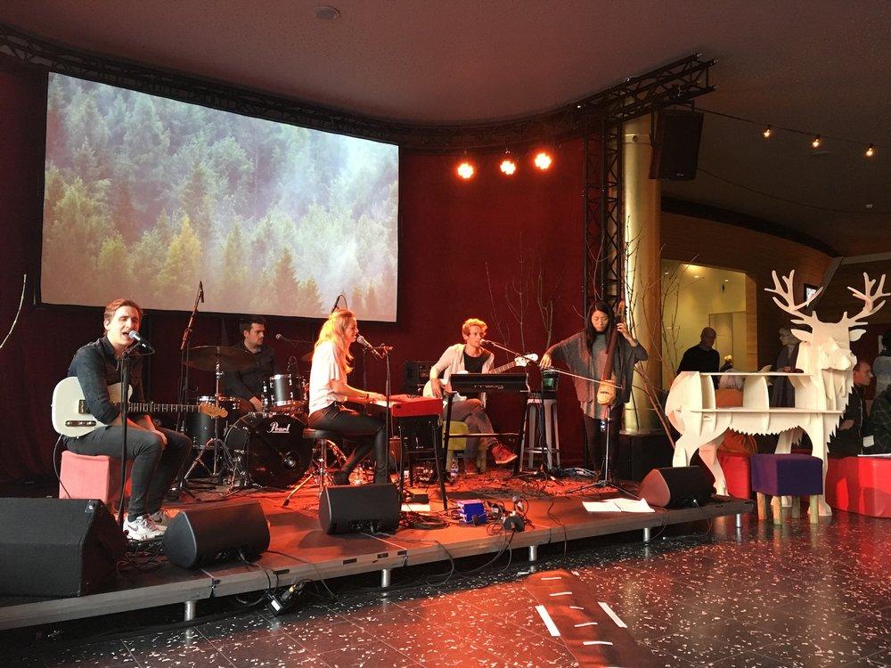 Noorderlijk-film-festival-De-Harmonie-Leeuwarden-Sofia-Dragt-The-Wong-Janice-music-producer-cellist-Amsterdam-1.jpg