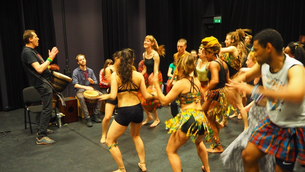 CREA-cultureel-studentencentrum-UvA-percussion-course-afro-mix-dance-rehearsal-The-Wong-Janice-1.JPG