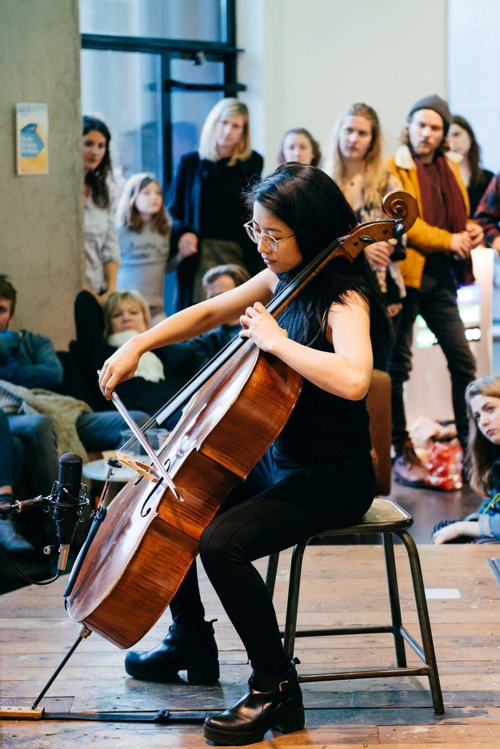 Sofar-Sounds-Amsterdam-cellist-The-Wong-Janice-photo-by-Atsushi-Yukutake.jpg