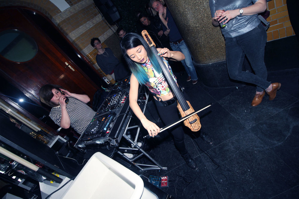 Girl-Drop-Yarrr-Cut-Throat-Amsterdam-DJ-Nata-Babaju-The-Wong-Janice-electric-cellist-music-producer-based-in-Amsterdam-2.jpg