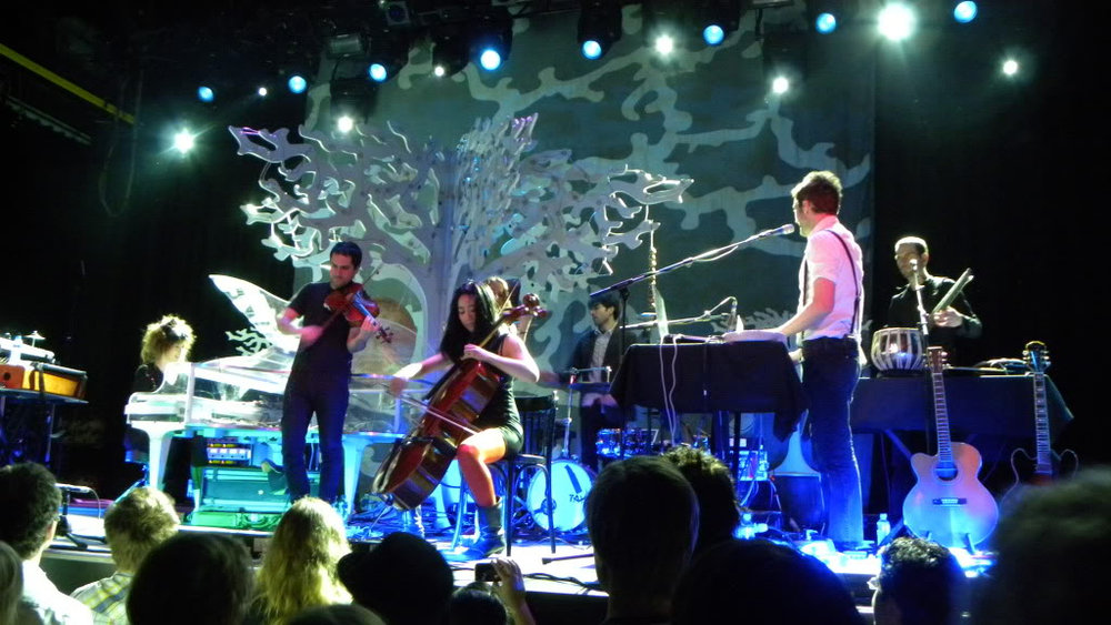 Live-to-Linda-Imogen-Heap-1-The-Wong-Janice-cellist.jpg