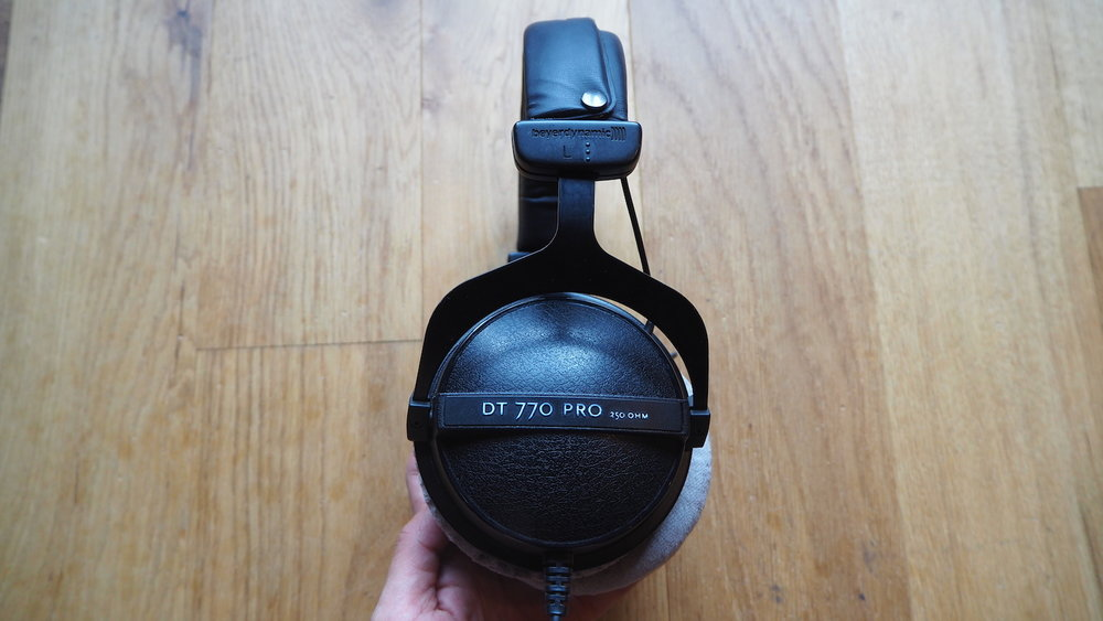 Beyerdynamic-DT770-Pro-vs-DT990 Edition-headphones-side-profile-comparison-The-Wong-Janice-music-producer-cellist.JPG