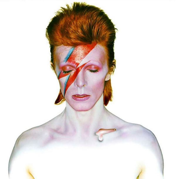 brian-duffy-david-bowie-as-aladdin-sane-1973.jpg