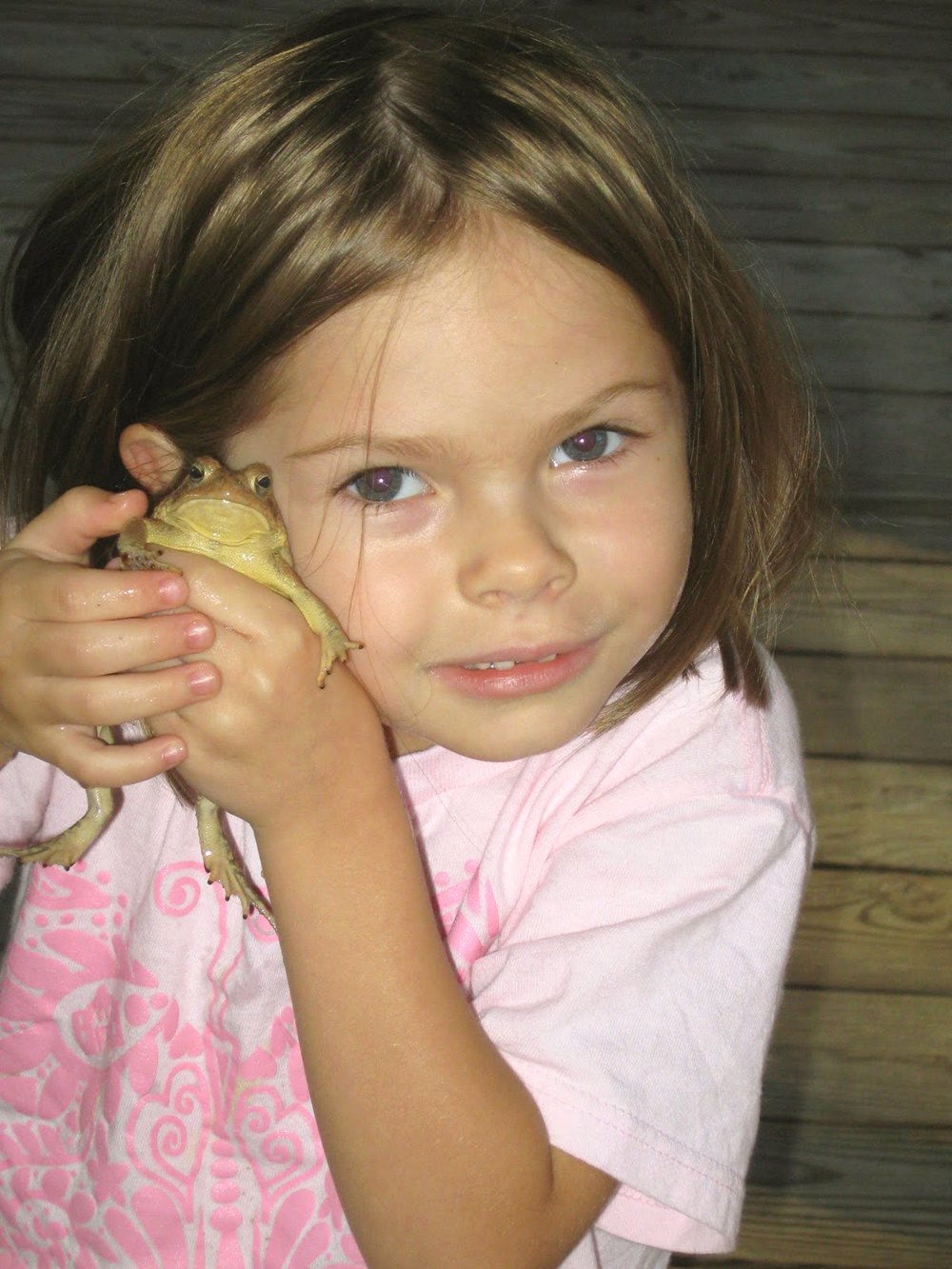 Anna Grace & Frog friend!.JPG