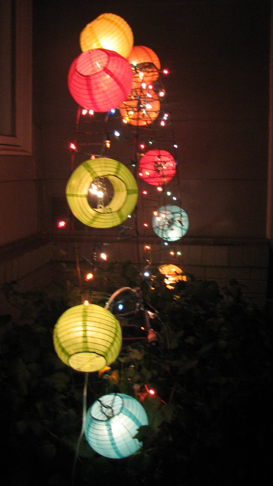 Lantern lights 003.jpg