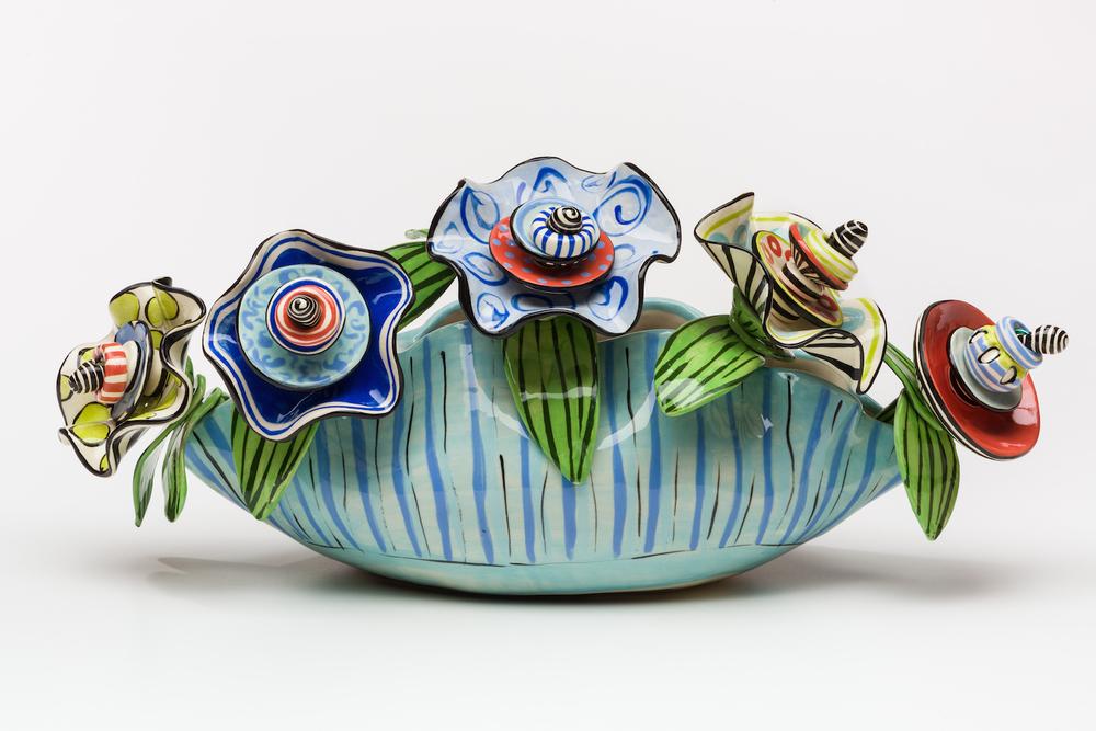 Clam Vase & Flowers, 1500:300.jpg