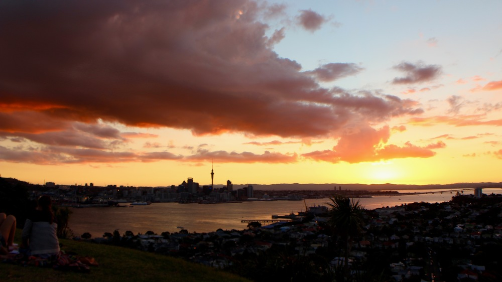 Sunset over auckland - viewed from Mt Victoria, Devenport