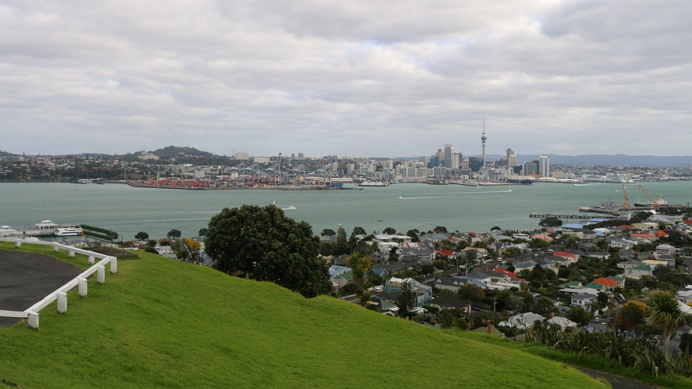 Auckland skyline, view from mt victoria, devenport