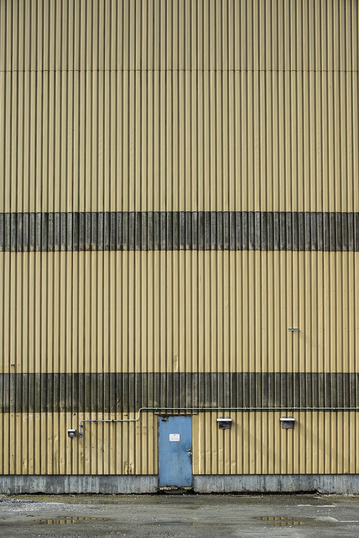 Wall, 135/366.