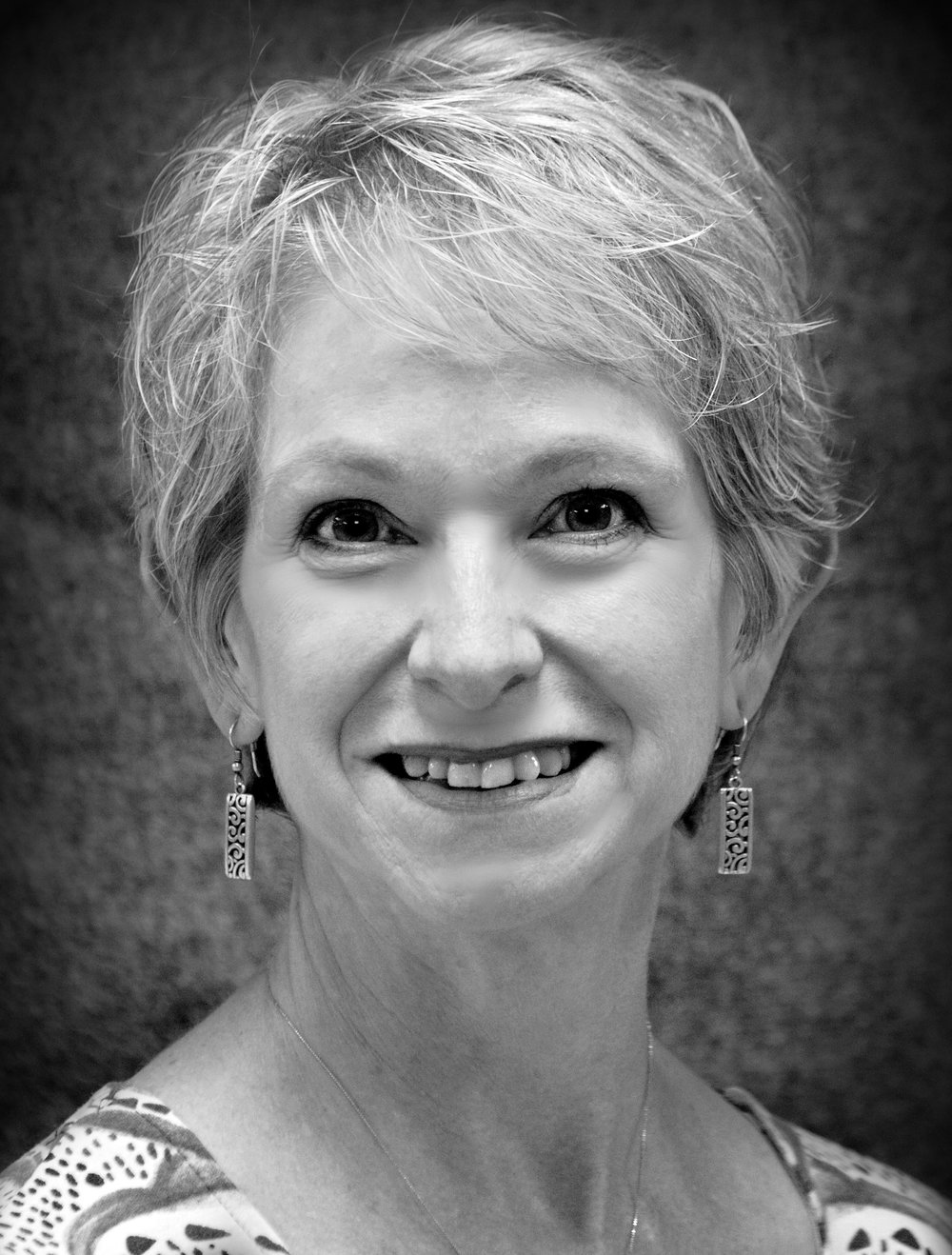 "Aunt Ev         //  Dotty Miller   With us for the first time, Dotty Miller (Aunt Ev) recently portrayed Amelia Tilford in First Presbyterian Theater's production of ""The Children's Hour"" and Witness #1 in Fort Wayne Youtheatre's ""Remembering Anne"".  She is a fixture in the local theatre scene on-stage and behind the scenes for most of the Fort Wayne theater organizations in addition to singing in various churches.  She is also a volunteer with the Miss America Organization and judges scholarship pageants.   Dotty's full time job as Director of Human Resources for DeKalb County Government sometimes requires her to be an actress as well.  Many thanks to her family and friends who support her acting 'habit'."