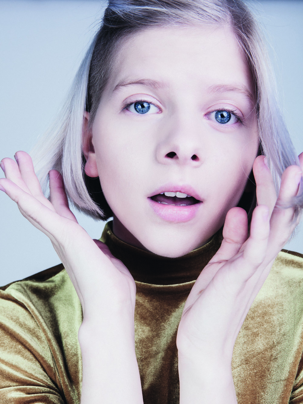 Aurora - Notion Magazine