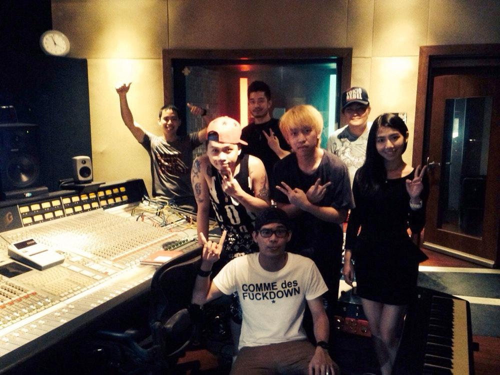 UNPLUGGED_Studio_recording14.jpg