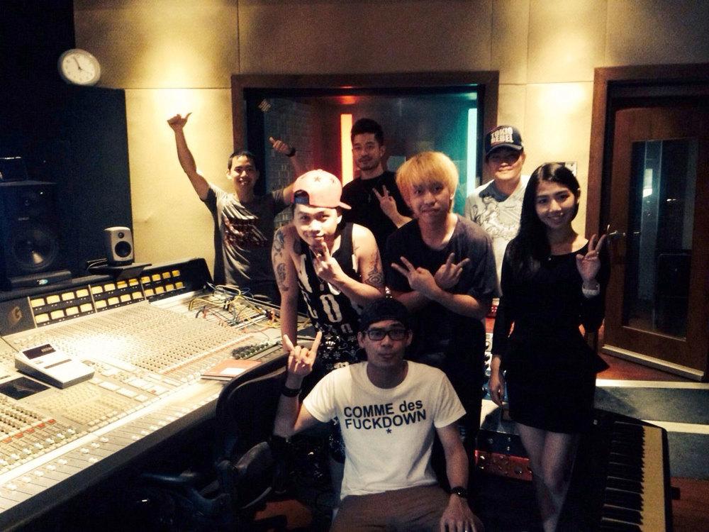 UNPLUGGED_Studio_recording13.jpg