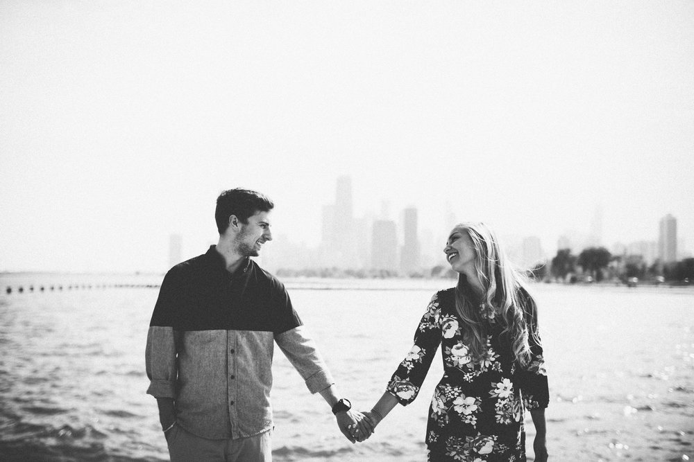 engagement-photos-destination-wedding-chicago-shadow-shine-pictures-photographer-photographers-photography