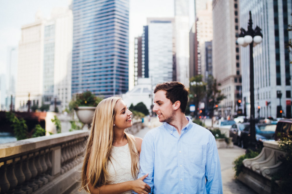 chicago-illinois-destination-engagement-wedding-photographer-photographers-photography-shadow-shine-pictures