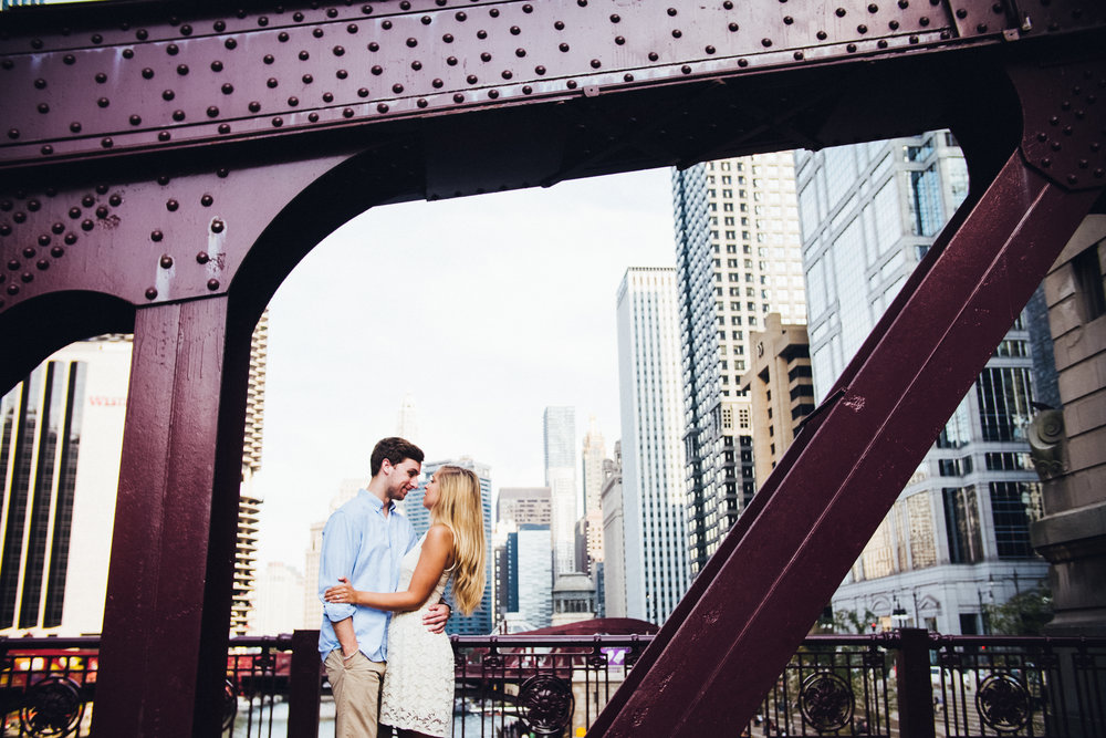 engagement-photography-destination-photographers-photographer-shadow-shine-pictures-chicago-illinois-bryce-anna