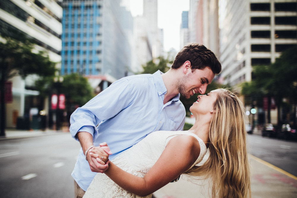 chicago-illinois-anna-bryce-wedding-engagement-photos-award-winning-photographers-shadow-shine-pictures