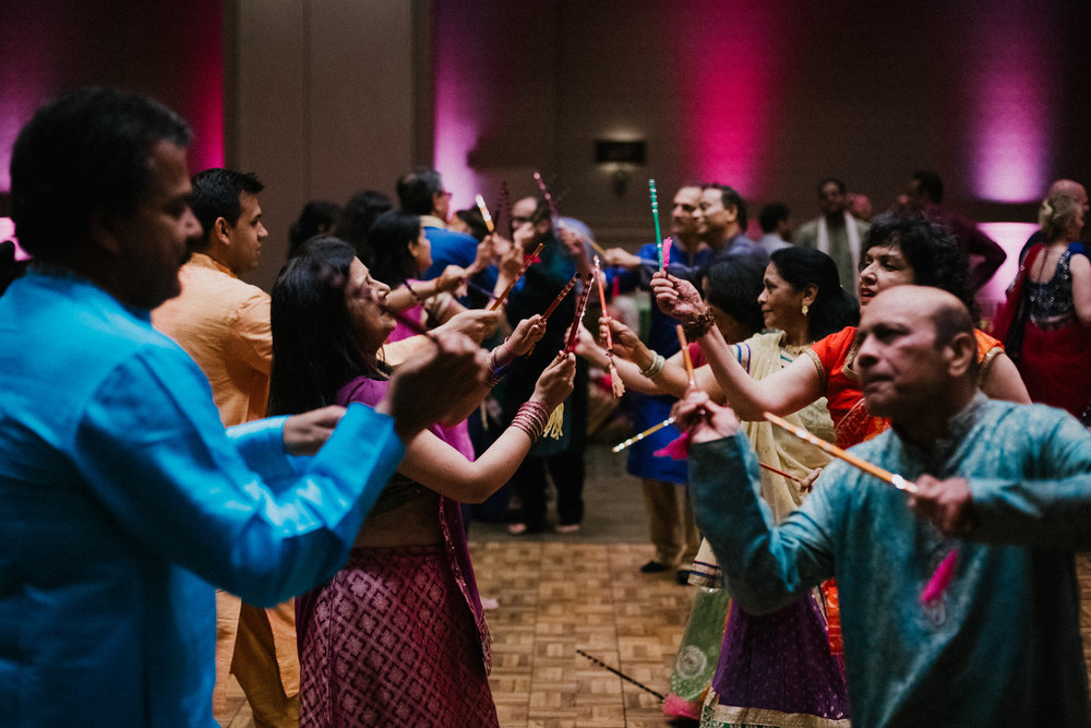 Aparna-Ankit-Patel-Shah-Detroit-Michigan-Shadow-Shine-Pictures-Photographers-Indian-Garba-Raas