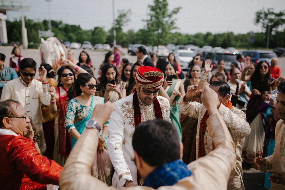 Aparna-Ankit-Patel-Shah-Michigan-indian-Wedding-photography-videography-detroit-Grand Rapids-Mid West