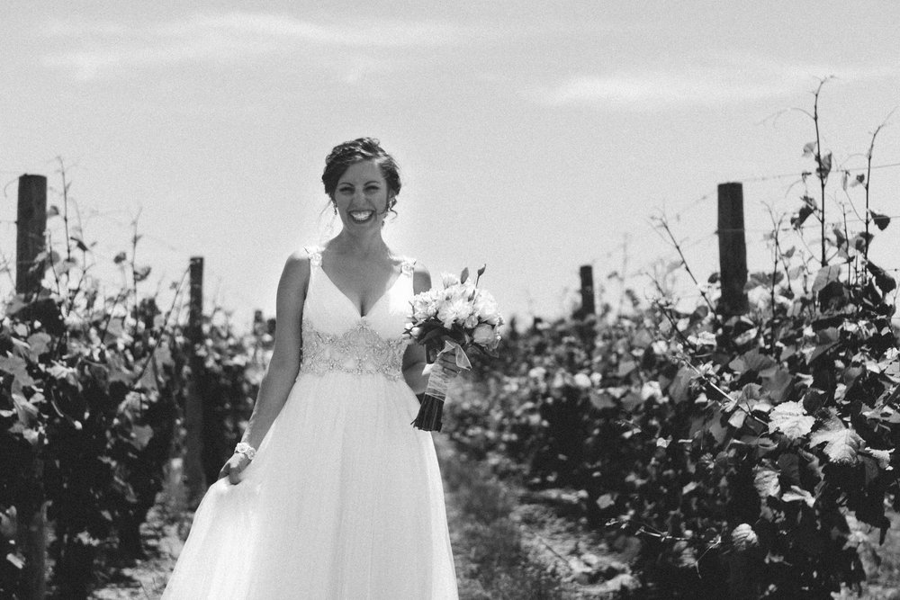 Grand-Rapids-Mid-West-Michigan-Wedding-Trailer-Kayla-Paul-Andres