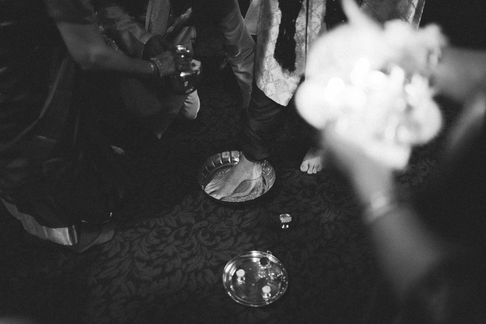 RoopaRyan-ShadowShinePictures-WeddingPhotograhyPreviews-0200.jpg