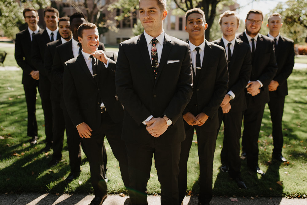Urban-Forest-Groomsmen-Photos-02