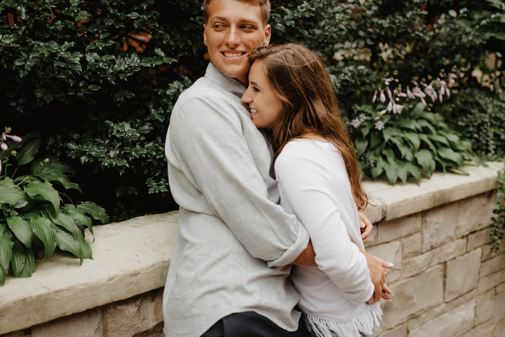Taryn-Zak-Chicago-Engagement-55