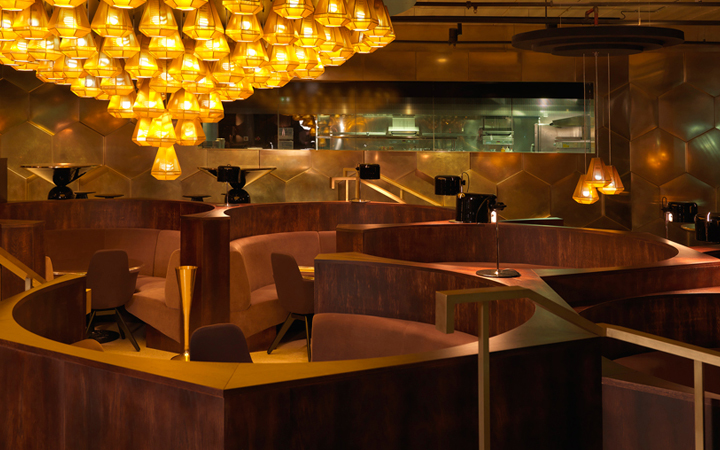 At this spacious Tom Dixon designed restaurant, located just blocks from the Eiffel Tower in the fifteenth - you'll find luxe seventies-inspired decor, paired with classic French brasserie dishes, like escargot and steak tartare and an excellent cocktail list.