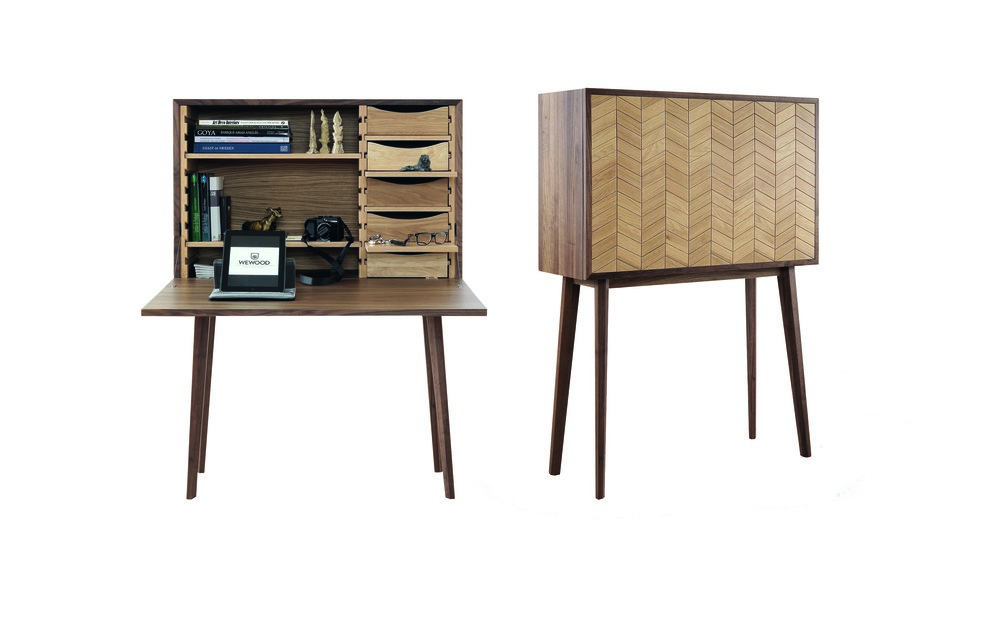 MISTER is an unique contemporary cabinet desk made by high quality solid oak. The interior can be rearranged depending on your needs, can be used as a bar, a desk or simply as a sideboard.