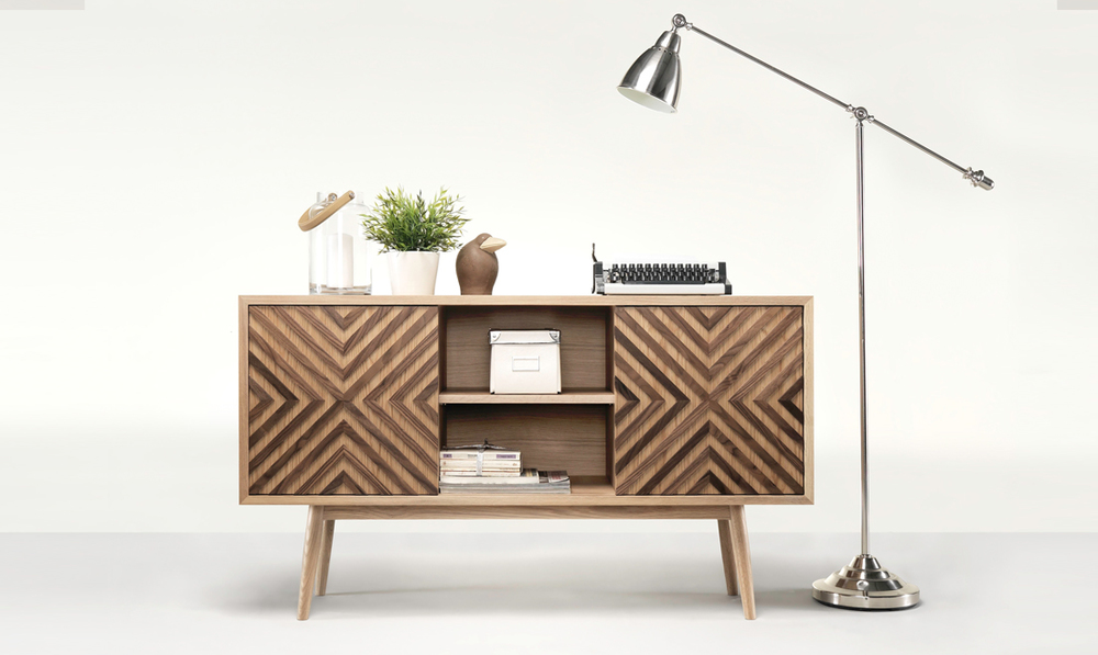 Vintage is getting its way to luxury interior design. CASANOVA combines a classic design with modern touches.