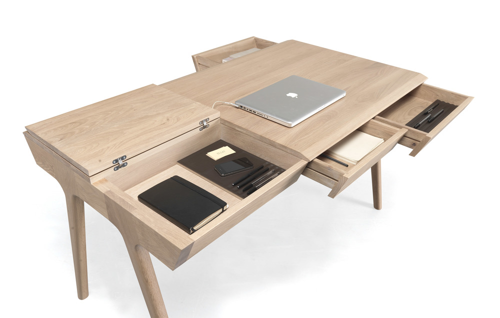 METIS desk    METIS  was perfectly designed to offer functionality and style in one compact product. With a lot of storage space and compartments,  METIS  allows you to keep all your stuff organized and easily accessible.