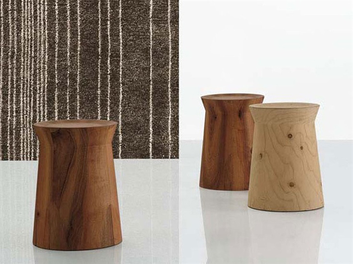 DAMA TABLE BY CR&S POLIFORM FOR POLIFORM. Avaliable in solid cedar or in solid walnut.