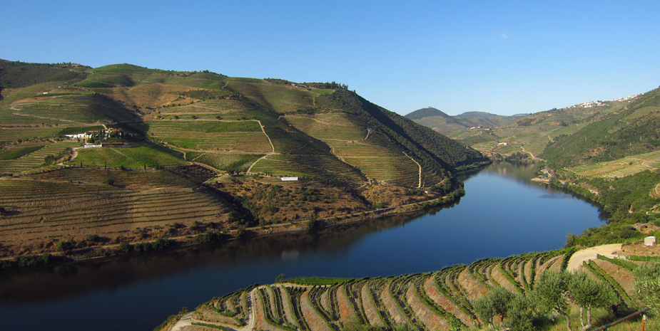 Portugal's Douro Valley was officialy designated wine region, which has drawn people for not only its part but also for the postcard-pretty landscapes along Douro River and whitewashed quintas (wine states).