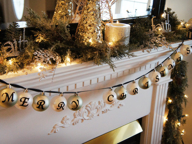 Original_Katrina-Giles-holiday-mantel-banner_s4x3_lg.jpg