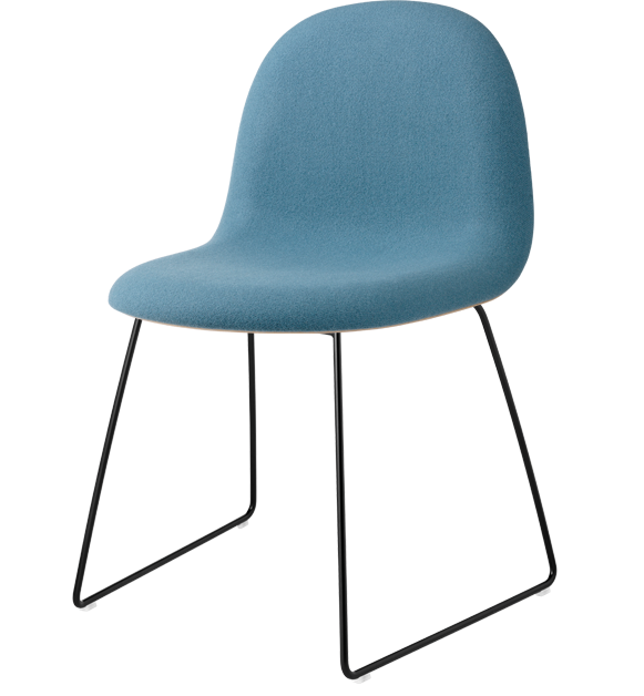 gubi_chair_front_upholstred_blue_and_oak_black_sledge_base_front_product.png