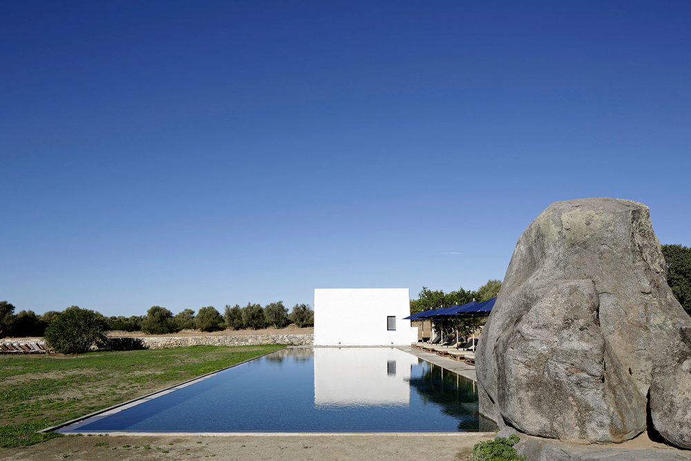 sao-lourenco-do-barrocal-eduardo-souto-de-moura-architecture-hotels-portugal_dezeen_2364_col_25.jpg